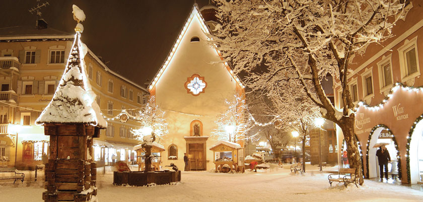 Italy_The-Dolomites-Ski-Area_Ortisei_Village-lights-night.jpg